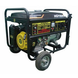 Бензогенератор Huter DY8000LX с колесами (6500 Вт)