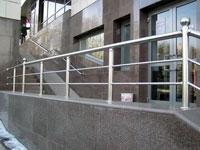 Галерея объектов: лестничные ограждения для торговых центров